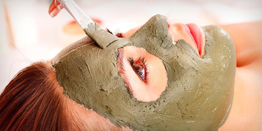Clay cat litter face mask