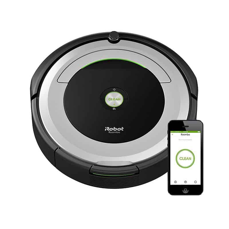 roomba_with_phone